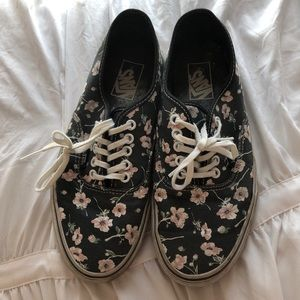 Authentic Vans Women's 9.5